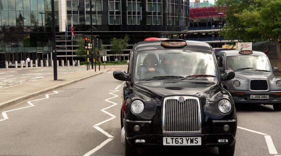 2014-europe-london-taxi