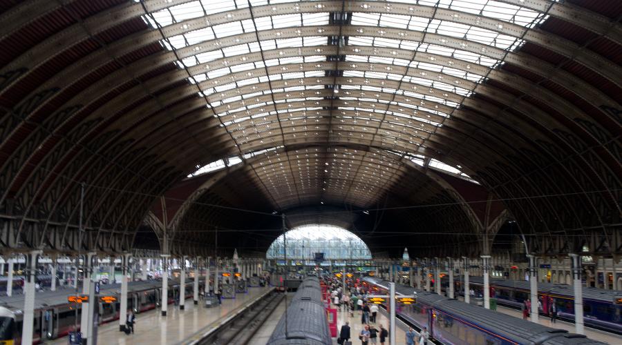 2014-paddington-station-london-uk-3
